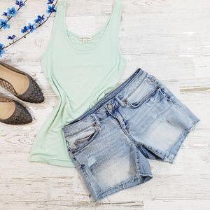 Aeropostale distressed jean shorts size 4